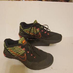 Nike MetCon DSK FlyKnit men's shoes size 8.5